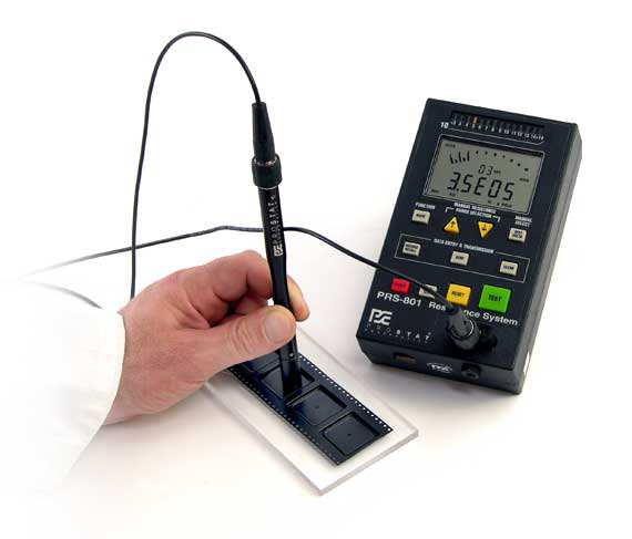 MINIATURE TWO-POINT PROBE